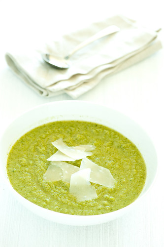 broccoli soup-2 | by jules:stonesoup