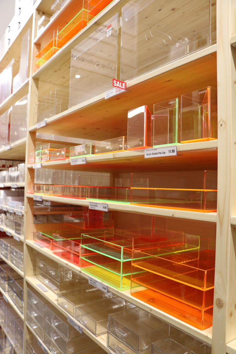 neon-acrylic-containers-organizers-4