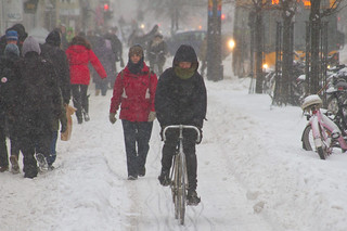 Snowstorm Bike Lane - Winter Cycling in Copenhagen | by Mikael Colville-Andersen