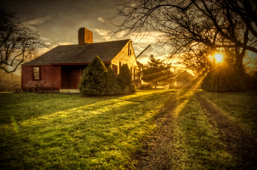 Sunrise at the Sweet–Anthony House | by Frank C. Grace (Trig Photography)