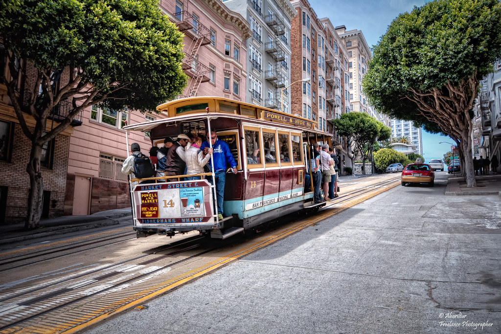 Cable Car (Powell-Hyde). San Francisco