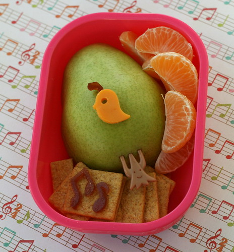 1st day of Christmas - Partridge in a Pear Tree bento | by anotherlunch.com