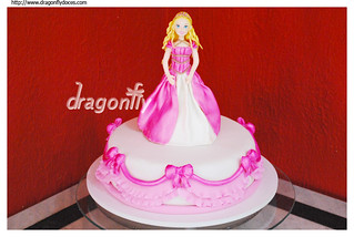 Princess Barbie Cake / Bolo Barbie Princesa | by Dragonfly Doces