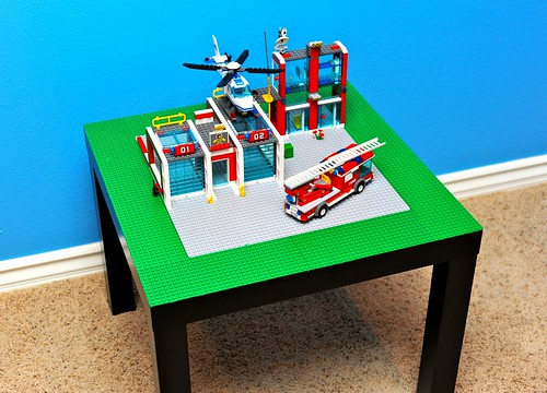 IKEA Lack Side Table Turned Lego Table | by AngryJulieMonday