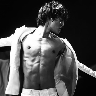 Minho.......Because we haven't had a Hottie in awhile.......... | by **Suzy**