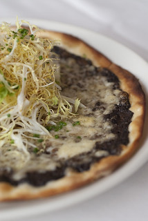 Black Truffle Pizza MARKET by JEAN-GEORGES | by scout.magazine