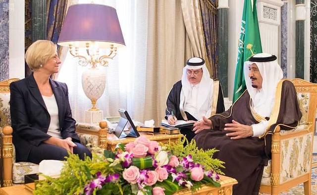 Visita del Ministro della Difesa Roberta Pinotti in Arabia Saudita