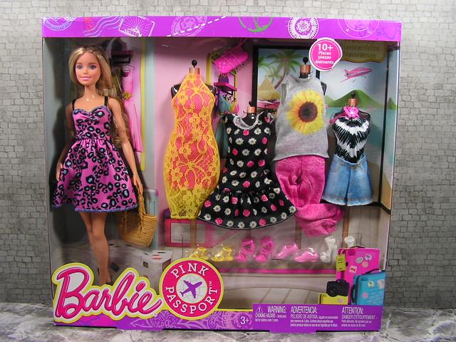 2015 Barbie Pink Passport DMR47 (2)