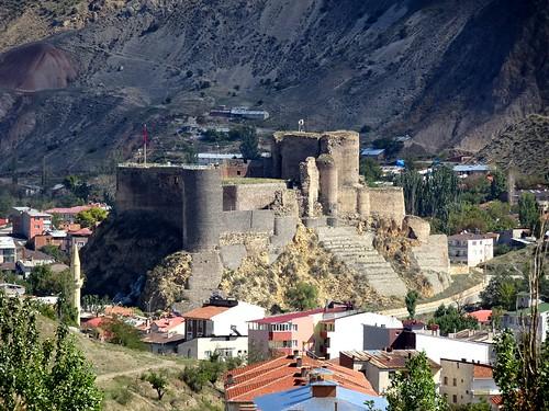 Oltu castle