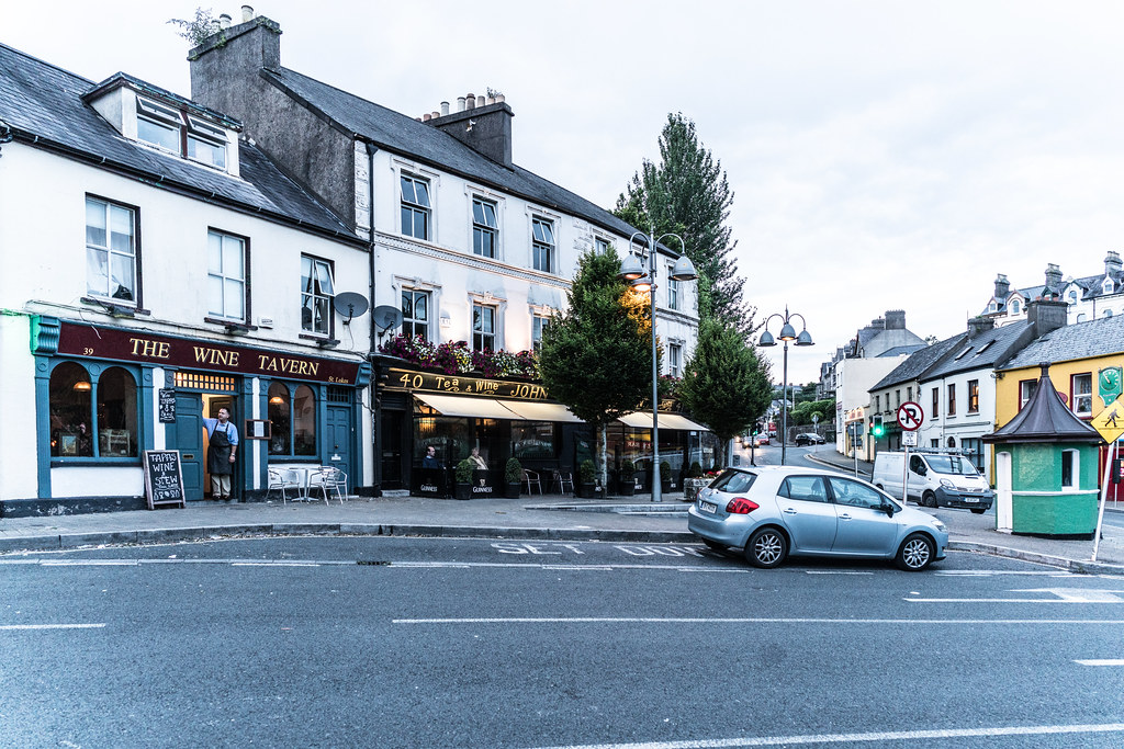 ST. LUKE'S WINE TAVERN [SUMMERHILL CORK]-122441