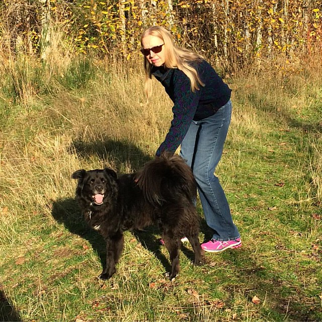 Mom and Bear Schnubs enjoying this beautiful Fall day. 🌞
