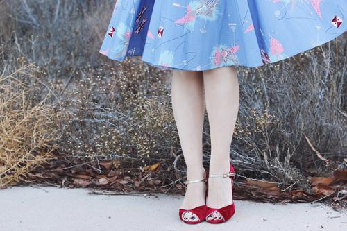 Trashy Diva Debbie Dress in Lilac Atomic Print Erstwilder Bruiser Bow Wow Brooch
