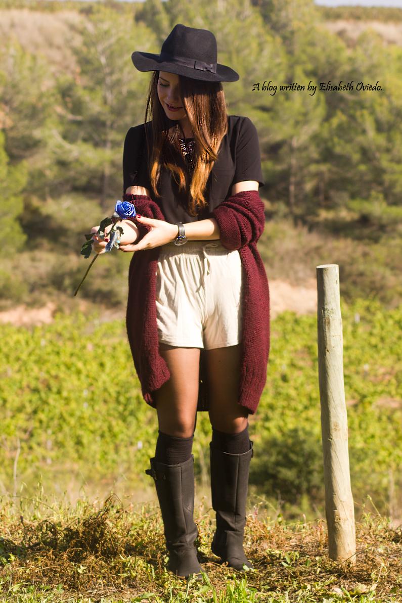 cardigan burgundy sombrero negro HEELSANDROSES look lady viñedos cata Mango Inditex (6)
