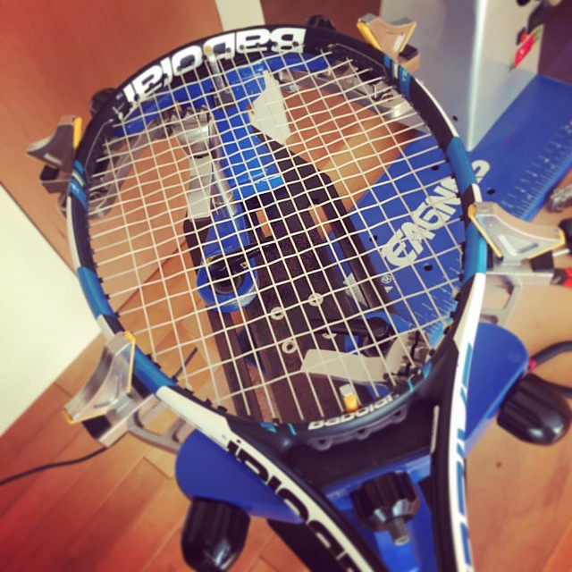 明日の準備完了! #今回も2本張り #babolat #puredrive #head #velocity #eagnas  #tennis
