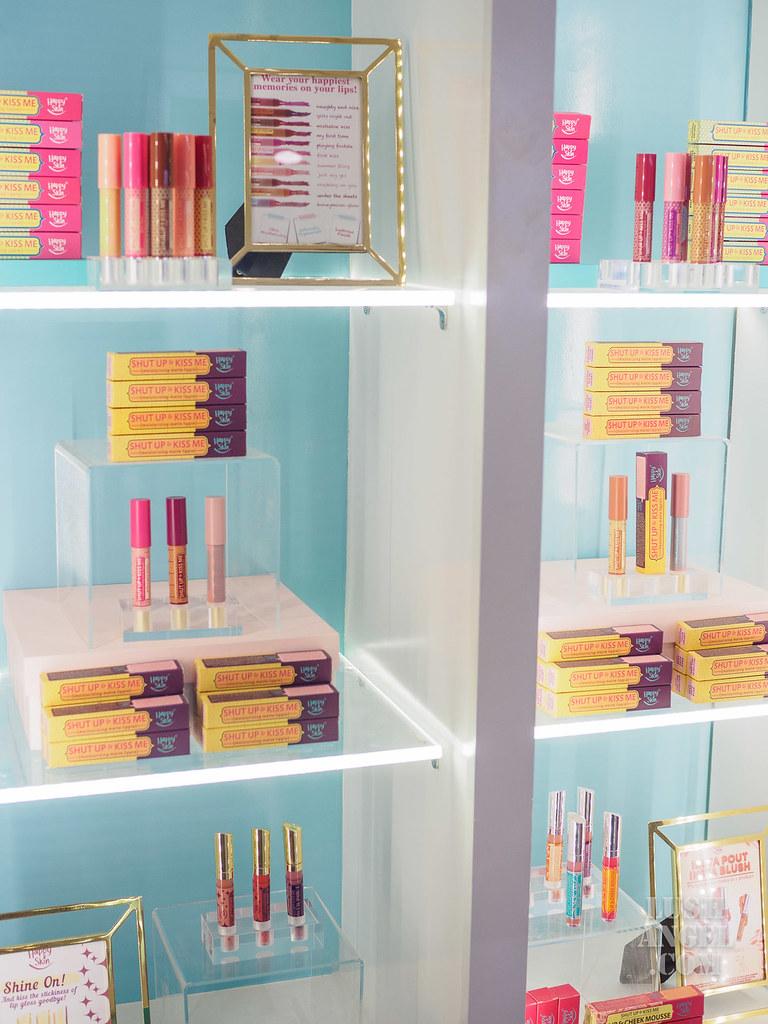 happy-skin-lipstick-products