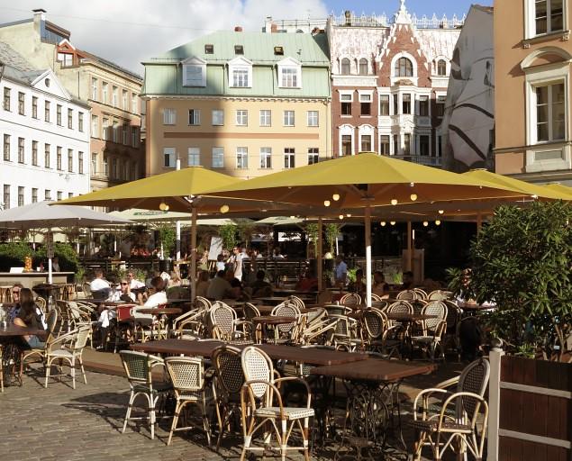 Riga, Fahrrad- & Bootstour