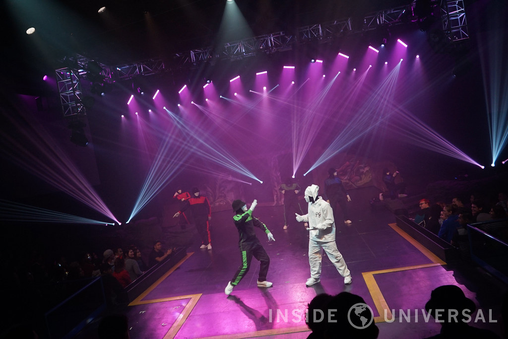 Jabbawockeez (2016) – Halloween Horror Nights at Universal Studios Hollywood