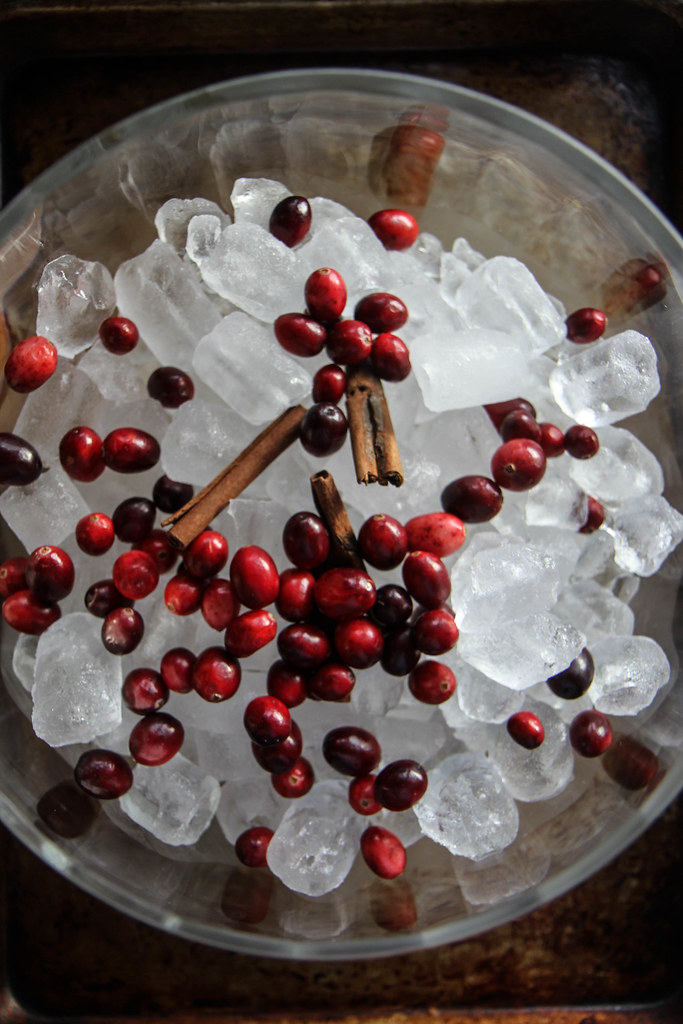 Spiced Cranberry Orange Prosecco Punch from HeatherChristo.com