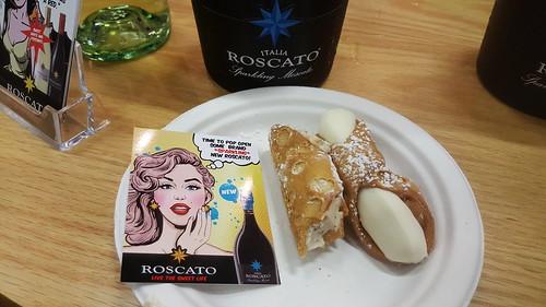 Cannoli_and_Roscato