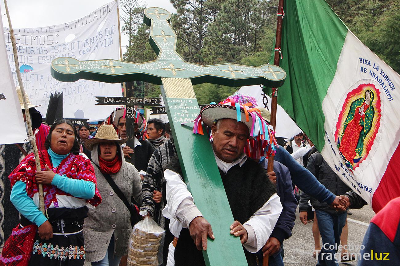 Pueblos de Chiapas caminan más de doce días contra el saqueo de sus territorios. Foto: Tragameluz