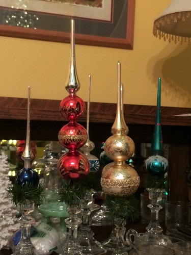tree toppers in candlesticks