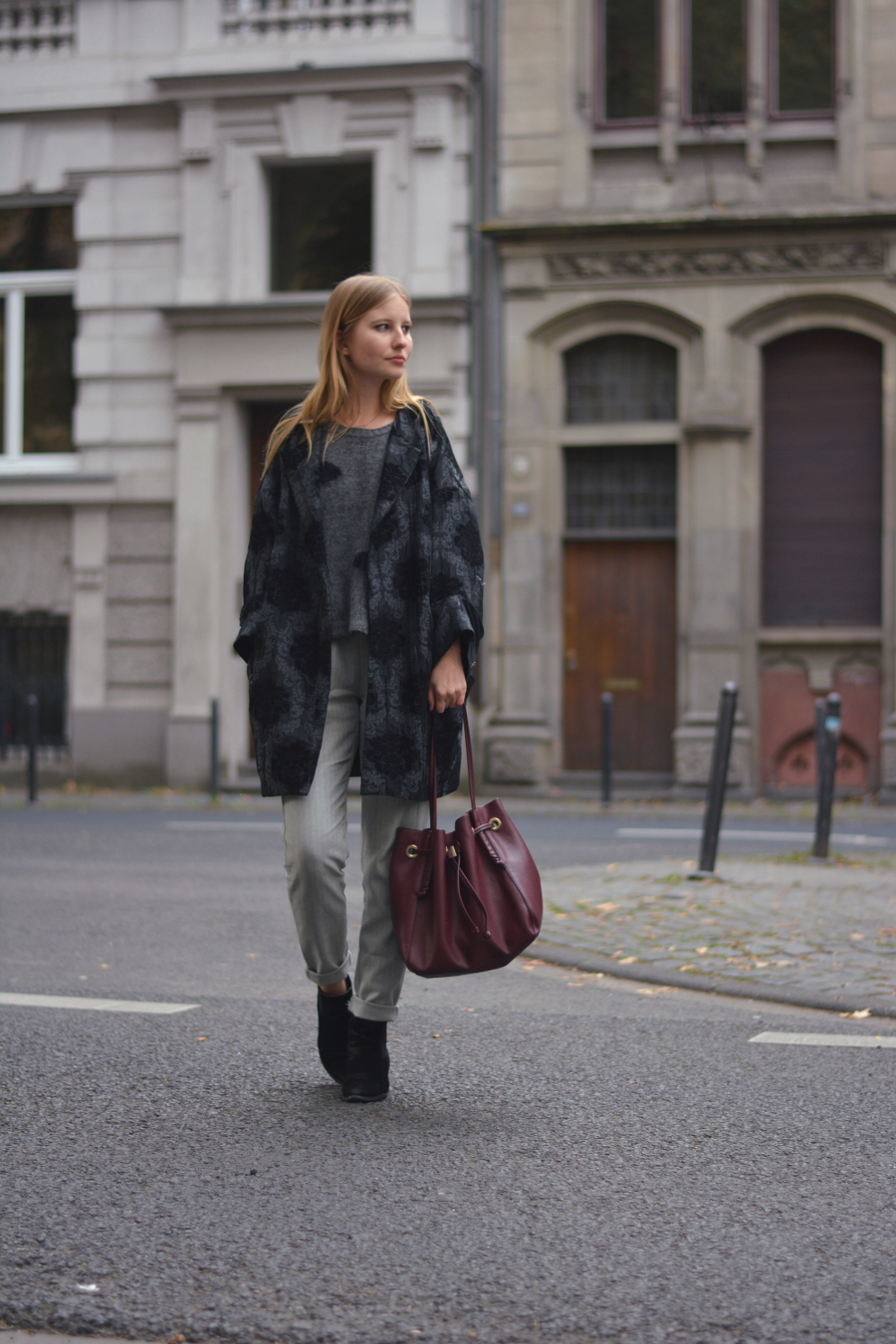 outfit city street style blog blonde pullover bomber coat booties grey pants