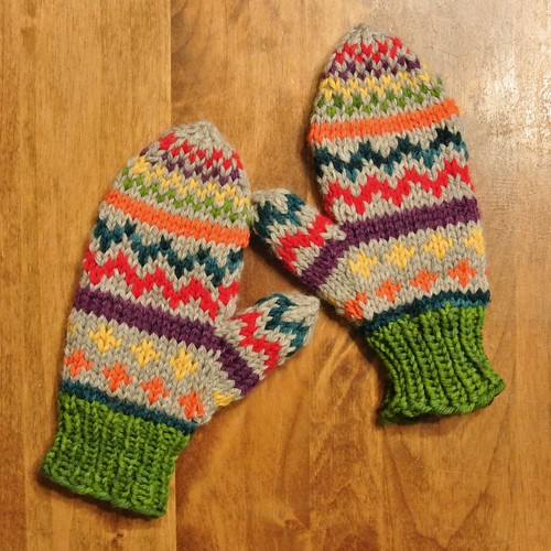 color mittens 027