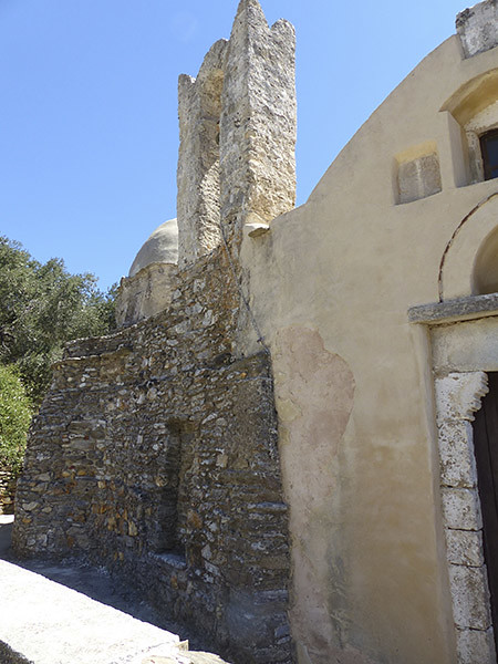 église de drosiani dehors