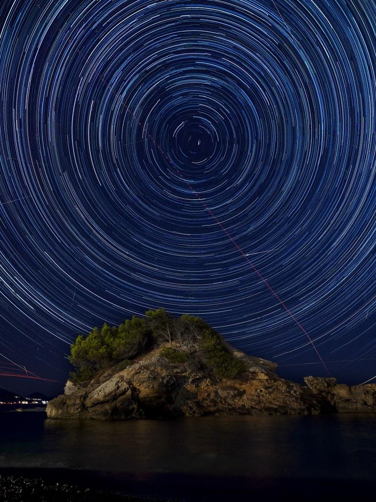 CR04 CR18 Tovasu (España) - Fuga de estrellas - Tomada en Alcudia, Mallorca el 120816