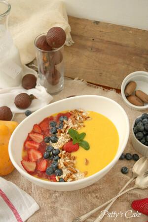 smoothie-bowl-mango-fresa-aguaje-amazonas