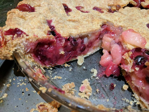 Vanilla Pear and Cranberry Pie