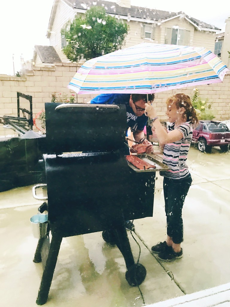 smoking ribs in the rain
