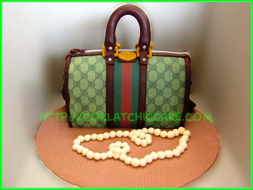 cake gucci bag