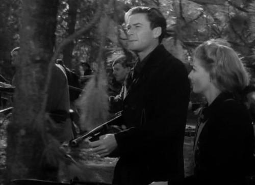 Edge of Darkness - 1943 - screenshot 7