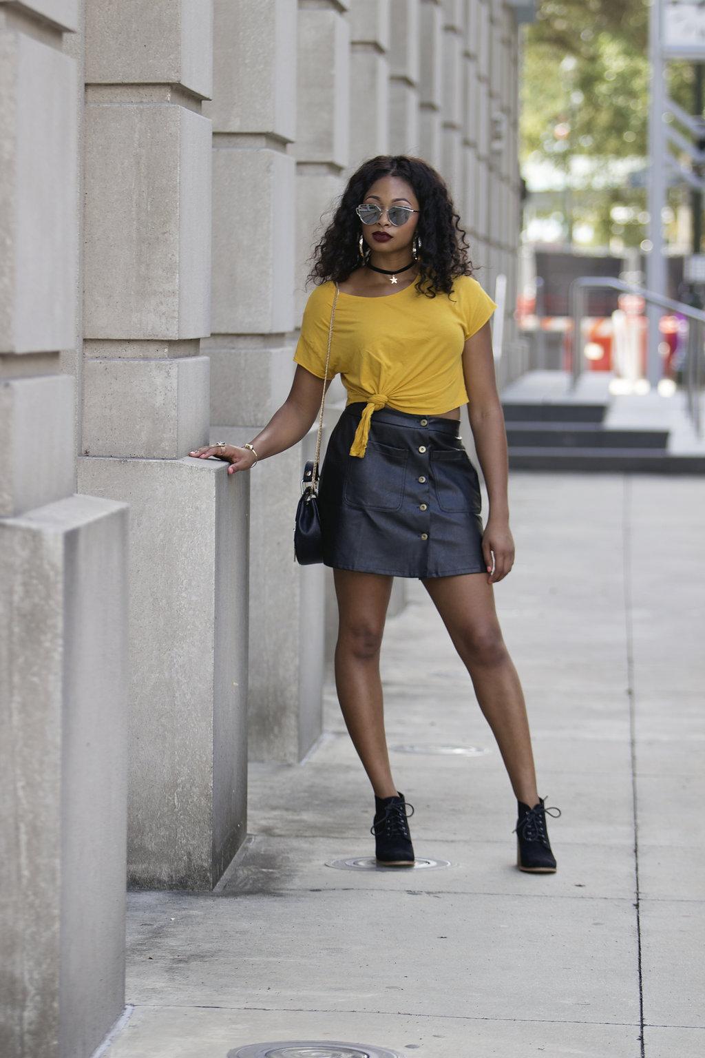 how to wear a leather skirt, the beauty beau