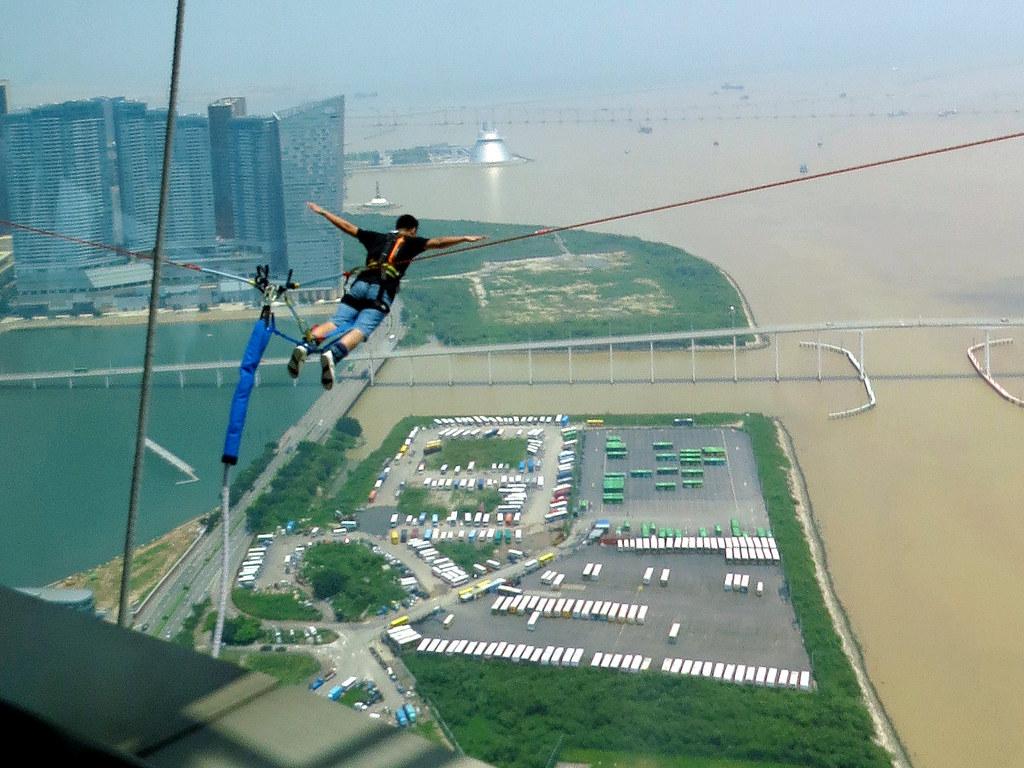 Bungy jump Macau. Alfred