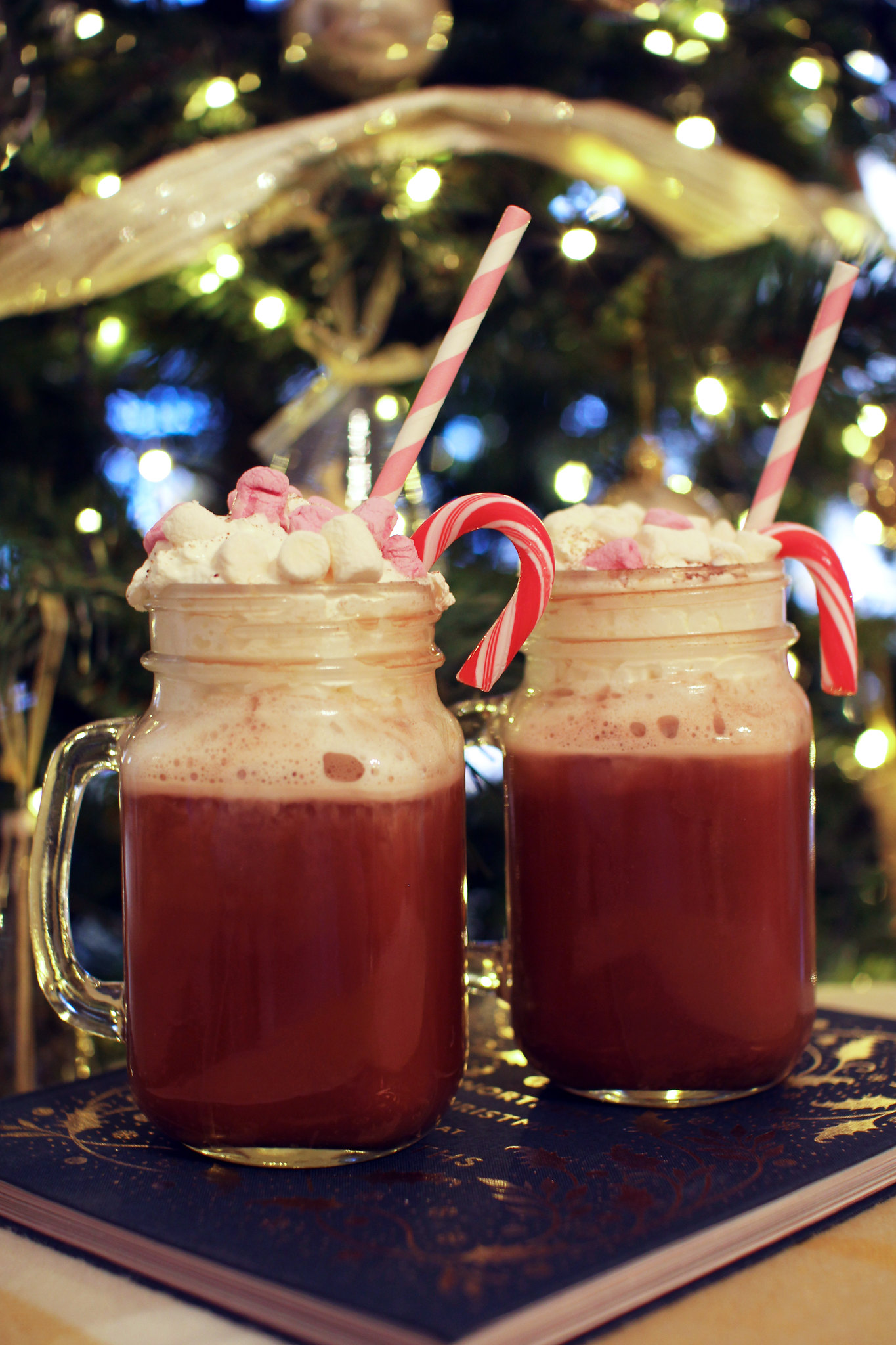 Chambord hot chocolate Christmas cocktail lifestyle blogger UK