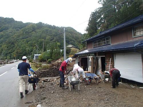 台風10号被災 岩手県岩泉町で災害ボランティア(援人 1007便)