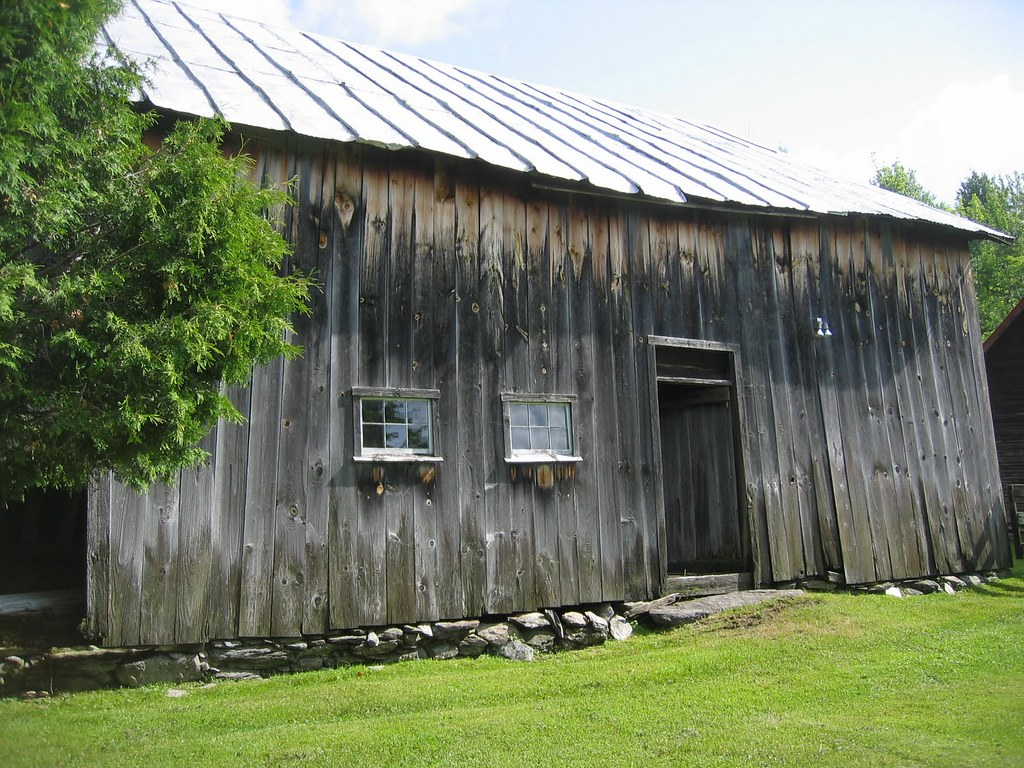 Davis Barn - Williston