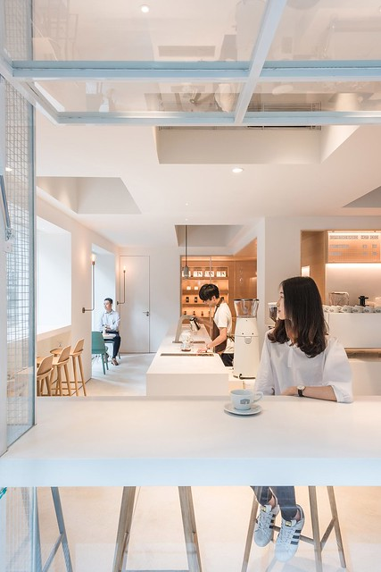 Coffee + coworking space design by Lukstudio Sundeno_07