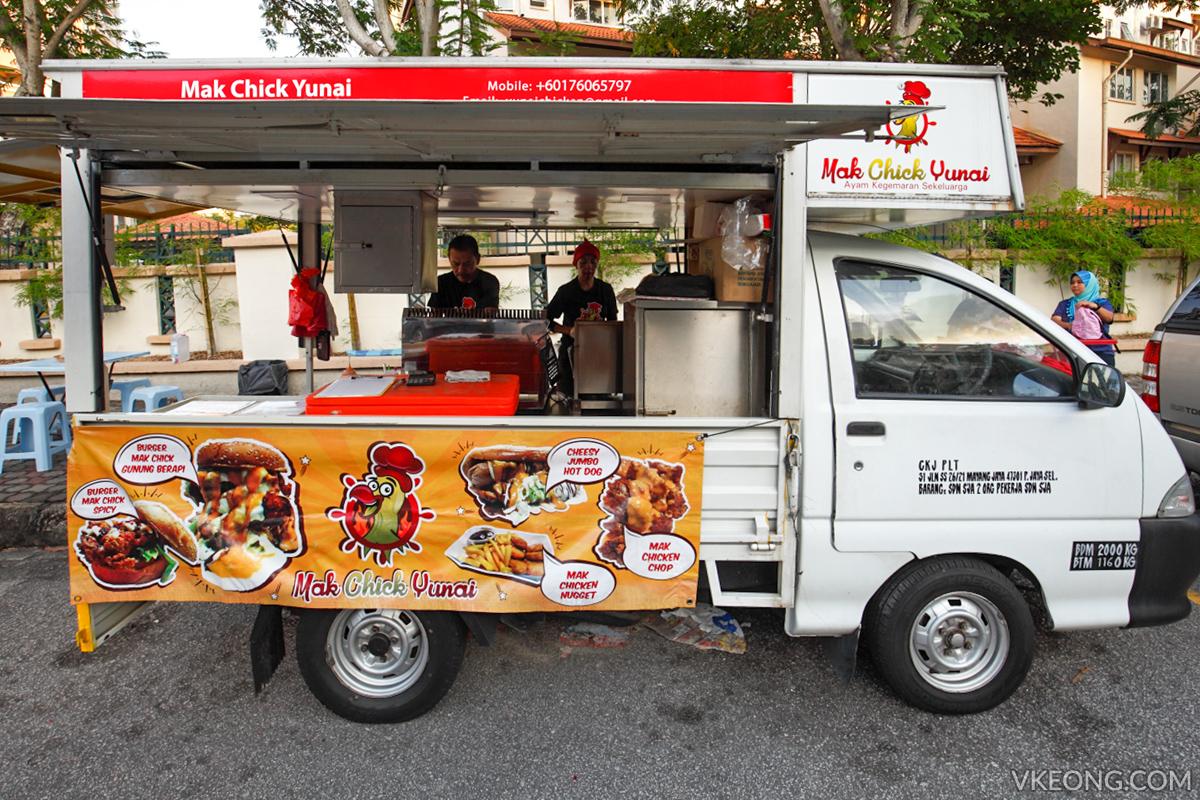 Mak Chick Yunai TTDI Food Truck