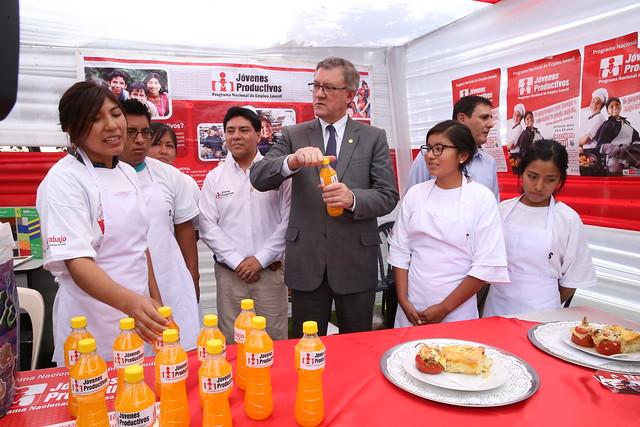 21.10.2016 MTPE anunció capacitaciones para beneficiar a jóvenes de la región Arequipa.