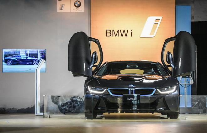 [新聞照片一]BMW i與2016臺北世界設計之都共同呈現「國際設計大展」 BMW總代理汎德於展覽現場展出BMW i8