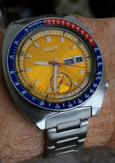 Let us see your Seikos  30707600495_d1c781316a_z