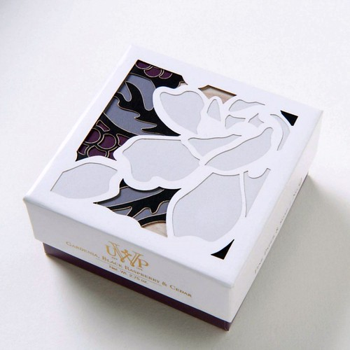 UWP Luxe Soap with Cut Paper Box Lid