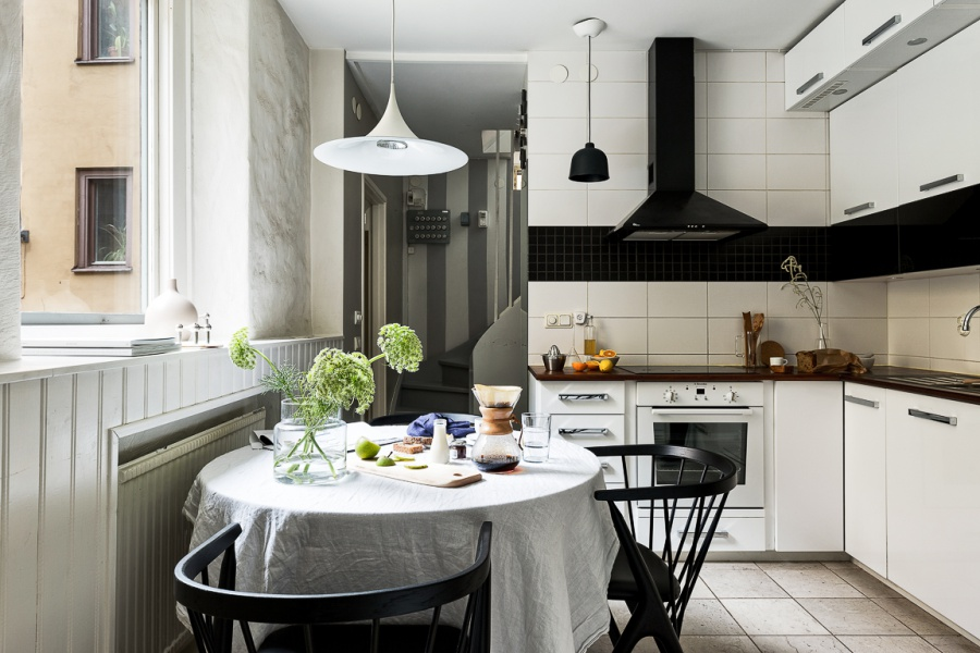 A Very Small But Stylish Scandinavian Inspired Home