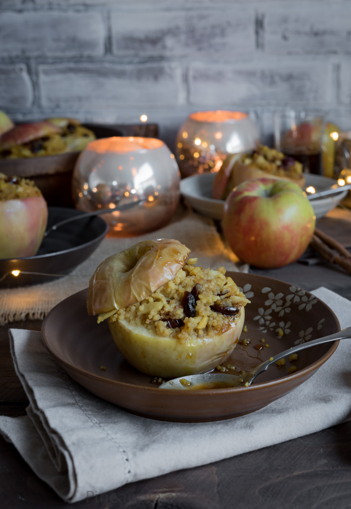 Cranberry Almond Couscous stuffed Apples with Vanilla Ginger Honey Sauce www.pineappleandcoconut.com #ad #worldmarkettribe