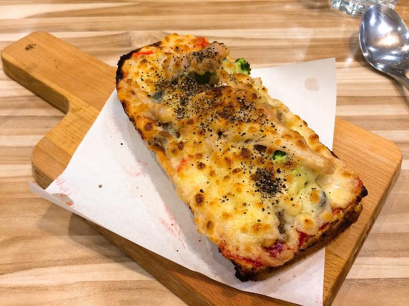 德州燻雞起司焗烤潛艇堡