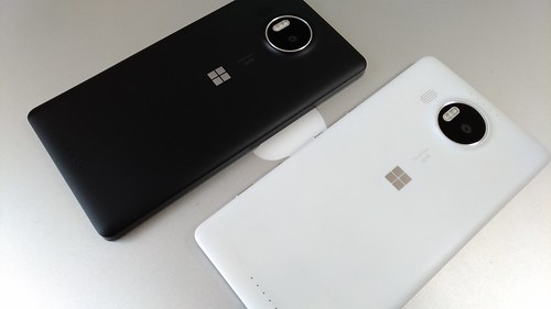 Lumia 950 XL Black & White