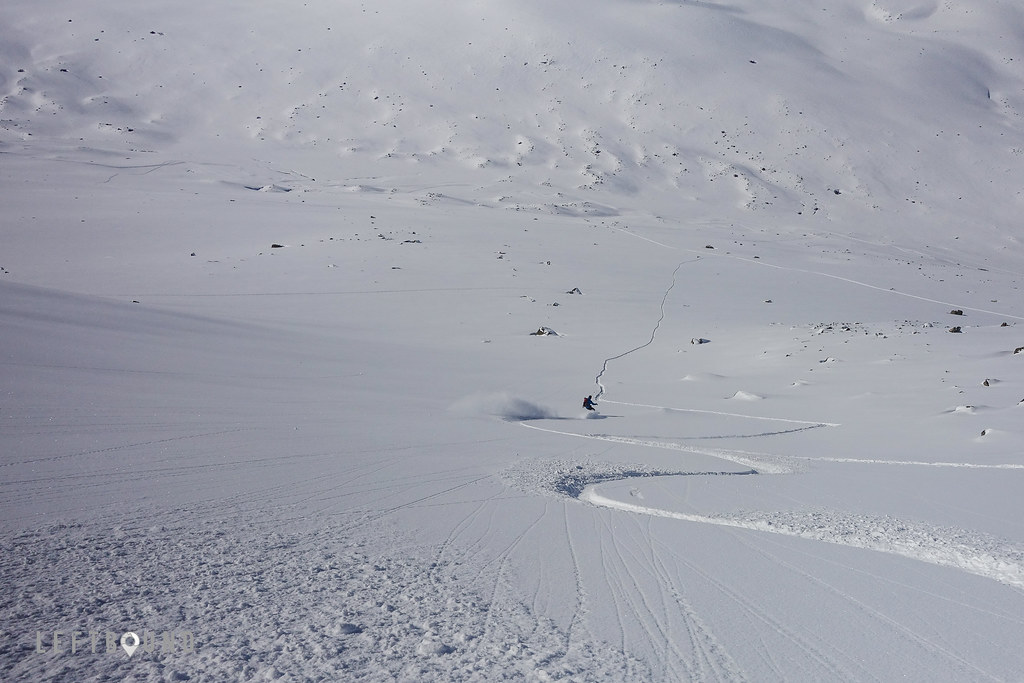 Down the couloir, on the lower third